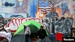 Khoảng 1/7 dân số Mỹ vẫn sống trong đói nghèo.