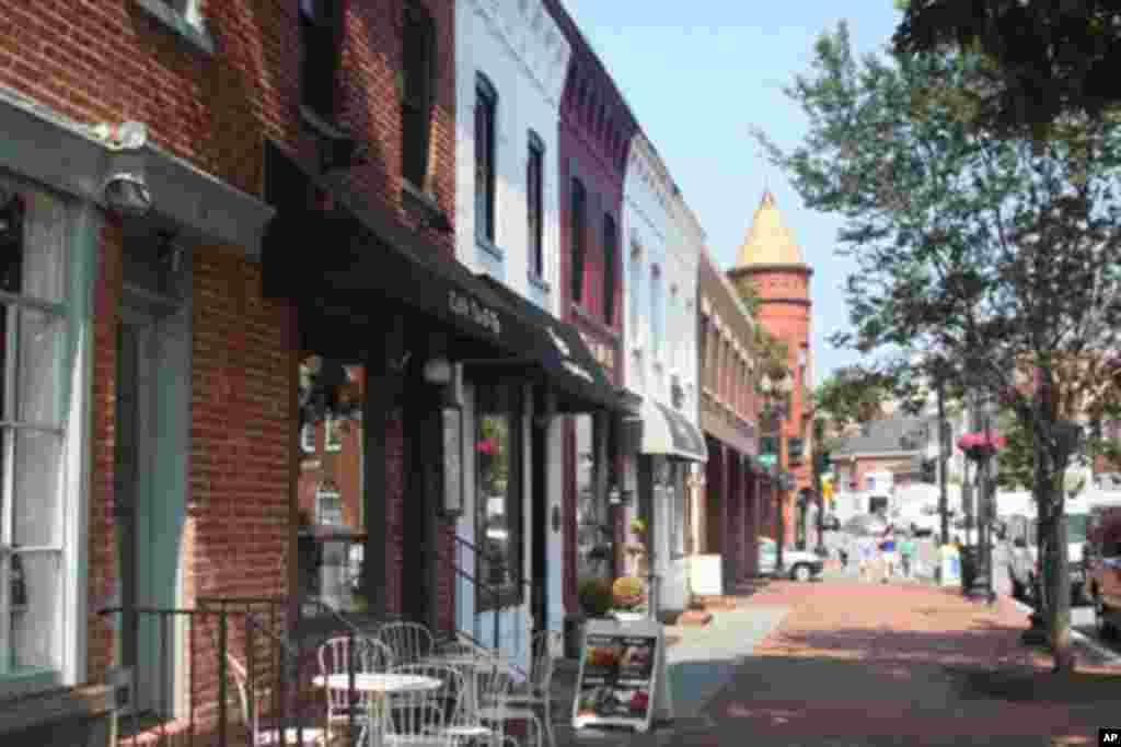 乔治城的M街(M Street NW)上的店铺