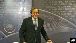UEFA President Michel Platini arrives for press conference after the executive committee meeting in Prague, central Czech Republic, Dec 10, 2010 (File Photo)