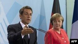 Merkel ve Sarkozy Krizi Görüşüyor