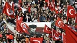 محکومیت قضایی یک نویسنده در ترکیه به دلیل اظهاراتش درباره ارامنه