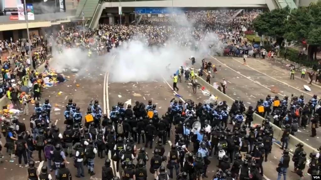 Cuộc biểu tình phản kháng luật dẫn độ ở Hong Kong sắp bước vào tuần thứ hai