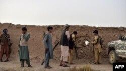 Một nhóm dân quân chống Taliban.