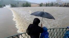 8 të vdekur nga përmbytjet në Evropë
