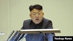 김정은 북한 국방위원회 제1위원장이 지난 25일 노동당 제8차 사상일꾼대회에서 연설했다.