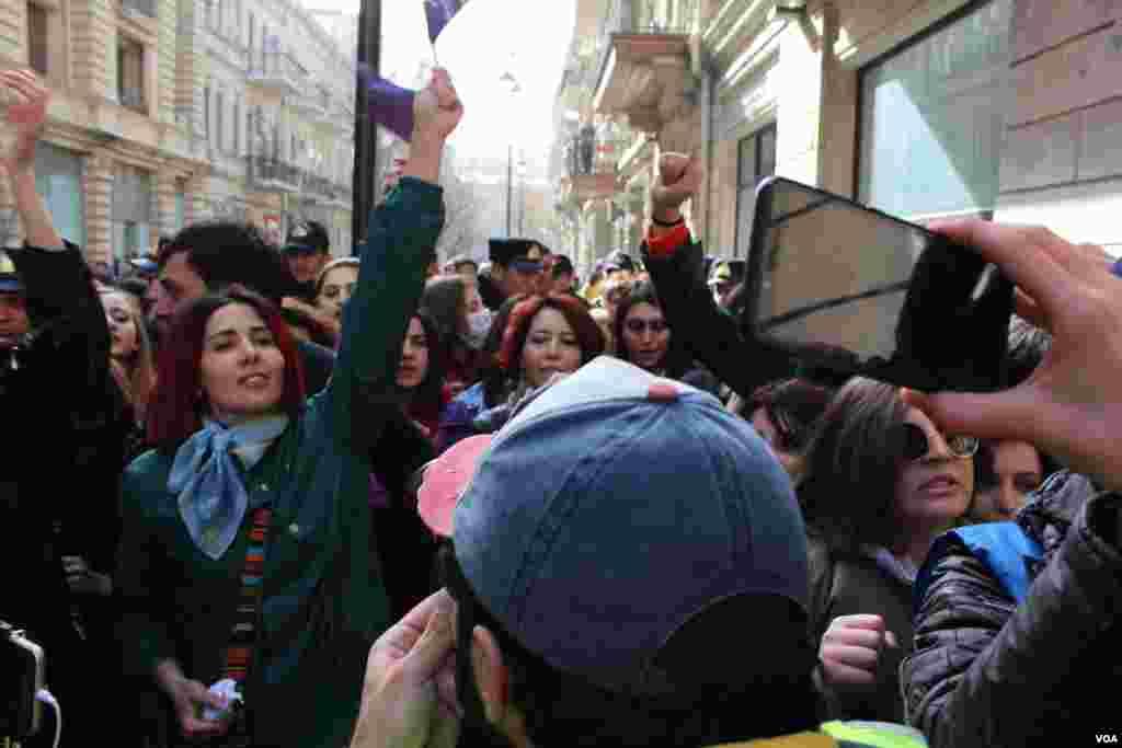Bakıda 8 Marş feministlər aksiyası
