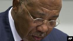 Rais wa zamani wa Liberia Charles Taylor akiwa mahakamani The Hague Uholanzi.