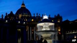 La Basílica de San Pedro en la Plaza de San Pedro en el Vaticano recibirá a 300 jóvenes convocados por el papa Francisco.