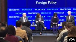 An event to assess the wider implications of North Korea's recent nuclear test, at Washington's Brookings Institution, Feb 3, 2016 (VOA/ P. Dockins)