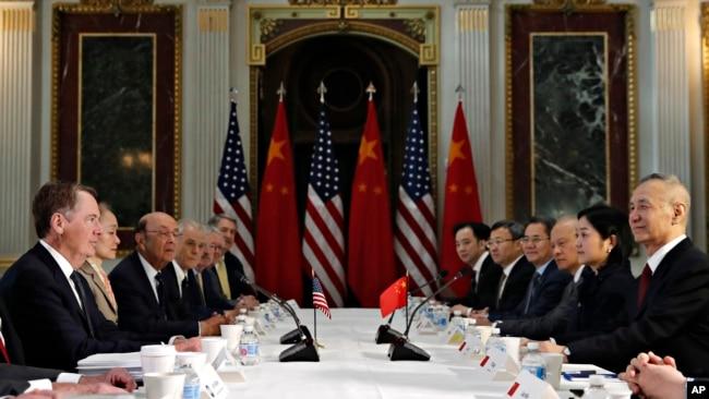 """美财长及贸易代表下周再赴北京 贸易谈判""""进入最后阶段"""""""