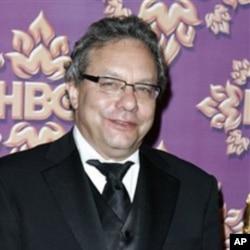 Le comédien Lewis Black