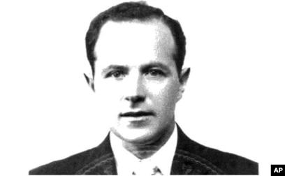 Foto Jakiw Palij (tahun 1957), mantan penjaga kamp konsentrasi Nazi yang tinggal di wilayah Queens di New York. (Foto: Departemen Kehakiman AS/dok)