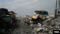 Manila's Smokey Mountain Dump Site