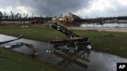 Kerusakan akibat tornado di In Cook County, Georgia (22/1). (AP/Brendan Farrington)