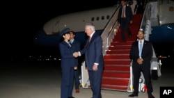 美國國務卿蒂勒森星期四結束南亞七國之行返回安德魯空軍基地。