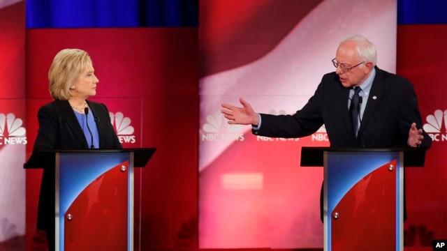 El encuentro, llevado a cabo en Charleston, Carolina del Sur, fue el último debate demócrata antes de las asambleas partidarias de Iowa.