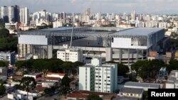 El estadio Arena da Baixada es reconstruido para la Copa del Mundo. Tiene hasta 1l 18 de febrero para probar que estará listo a tiempo.