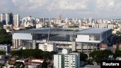 Stadion sepakbola Arena da Baixada di Curitibia, Brazil, yang dibangun kembali untuk Piala Dunia 2014. (Reuters/Rodolfo Buhrer)