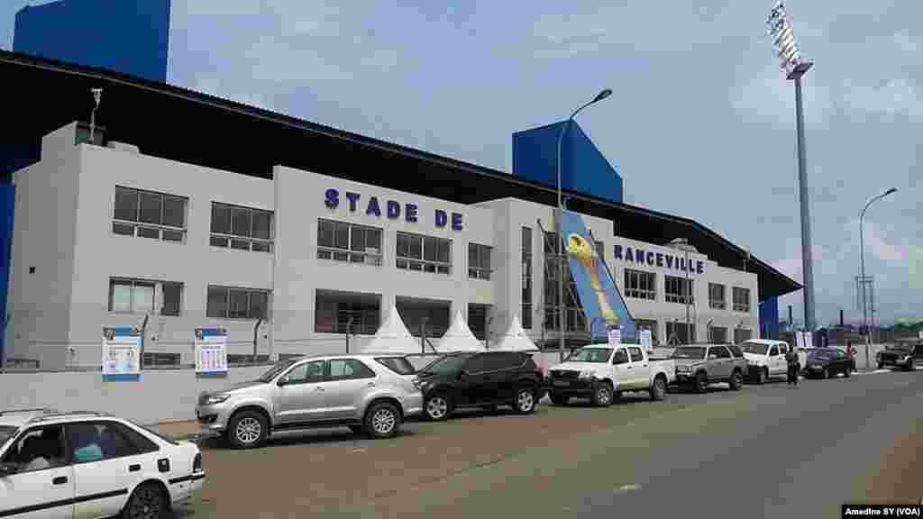 Le stade de Franceville, Gabon, 14 janvier 2017. (VOA/Amedine Sy)