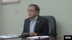 Menurut Menteri Sekretaris Kabinet, Dipo Alam, Presiden SBY mendukung upaya Menteri BUMN Dahlan Iskan untuk membongkar praktek pemerasan oknum DPR atas BUMN (VOA/Andylala Waluyo)
