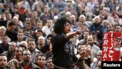 11일 이집트 카이로의 타흐리르 광장에 모인 무르시 대통령 반대 세력.