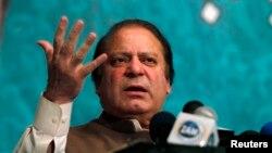 PM Nawaz Sharif menyerukan dihentikannya serangan misil tak berawak AS, yang menurutnya melanggar kedaulatan Pakistan (foto: dok).