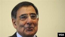 Kepala CIA Leon Panetta berada di Islamabad membahas ancaman serangan teror di AS dan Eropa.