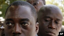 Joseph Kabila enfrenta a sua primeira prova de fogo pos-eleitoral, com o líder da opsição a ser paralelamente auto-investido como presidente