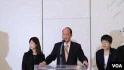 台湾海基会董事长林中森(中)(杨明拍摄)