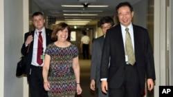 美國與日本的代表 7月9日在東京準備就跨太平洋伙伴關係貿易協定問題進行討論 (資料照片)