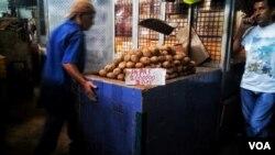 En total durante el chavismo se le ha quitado ocho ceros a la moneda venezolana.