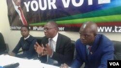VaJacob Ngarivhume, mutungamiri weTransform Zimbabwe.