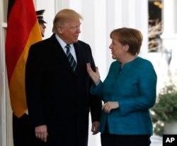 Президент Трамп і канцлер Німеччини Анґела Меркель