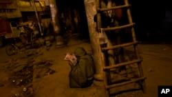 印度新德里無家可歸的貧民。