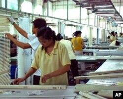 程丰原广州厂房的产品全部供应外销市场