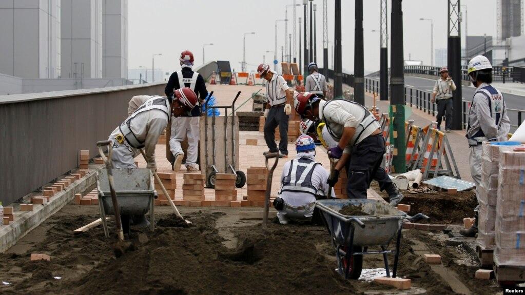 Một nhóm công nhân đang làm việc tại Tokyo, Nhật Bản (ảnh minh họa)