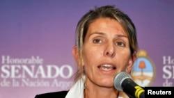 ساندرا سالگادو، همسر آلبرتو نیسمان، دادستان سابق آرژانتینی که اواخر دی ماه ۹۳ به طرزی مشکوک درگذشت