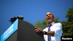 Tổng thống Obama phát biểu tại một cuộc mít tinh vận động cho bà Clinton ở Philadelphia, Pennsylvania, ngày 13/9/2016.