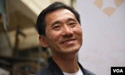 民主派立法會補選九龍西候選人姚松炎(美國之音湯惠芸攝)