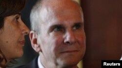 Embajador de EE.UU. en Colombia, Peter Michael McKinley.
