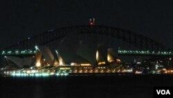 Australia tắt đèn cử hành Giờ Trái Đất.