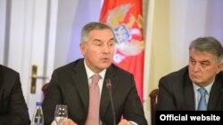 Crnogorski premijer Milo Đukanović na otvorenoj sjednici Vlade na Cetinju (gov.me)