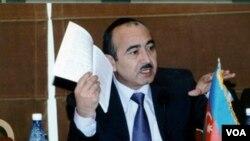Prezident Administrasiyasının ictimai-siyasi məsələlər şöbəsinin müdiri Əli Həsənov