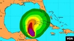 El huracán se desplaza por el Caribe ya próximo a Yucatán a 9 kilómetros por hora.
