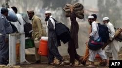 Para anggota Jamaah Tabligh Pakistan berangkat untuk melakukan pertemuan tahunan (foto: ilustrasi).