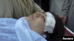 Tim dokter rumah sakit militer Peshawar berhasil mengeluarkan peluru dari leher Malala Yousufzai yang ditembak oleh Taliban hari Selasa di Lembah Swat (9/10).