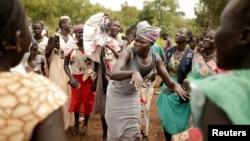 Para pengungsi Sudan Selatan di kamp pengungsi Nguenyyiel, kawasan Gambella, Ethiopia (foto: dok).