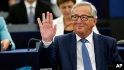 Presiden Komisi Eropa Jean-Claude Juncker di gedung parlemen Eropa, Strasbourg, Perancis, 14 September 2016. (AP Photo/Jean Francois Badias)