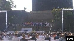 Upacara peringatan 10 tahun peristiwa bom Bali di Garuda Wisnu Kencana, Jimbaran, Bali. (VOA/Muliarta)