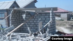 FILE: Hundreds of residents have been left homeless in Chitungwiza and Epworth following house demolitions Friday. (Courtesy Photo)